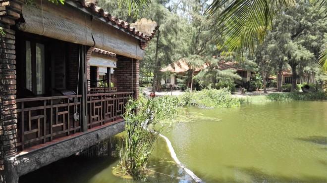 Chambre avec balcon sur le lac, Ho Tram Beach Boutique resort and spa, Ho Tram, Vietnam
