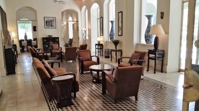Intérieur du Consulat français à Saigon Vietnam