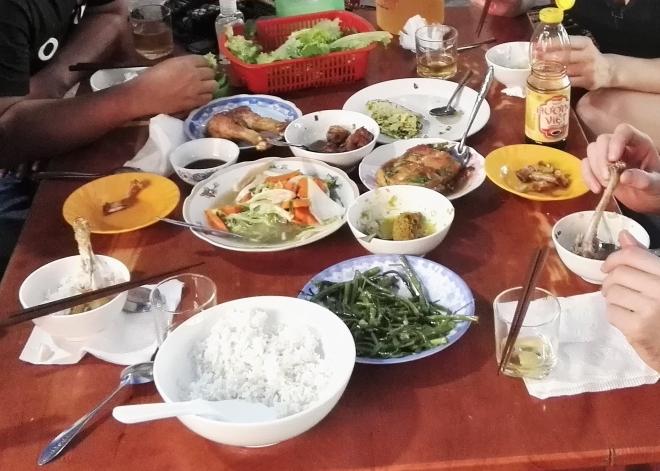 Déjeuner Cu Chi Vietnam