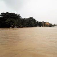 Vietnam - Hoi An, sous la pluie, et en barque