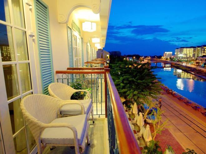 Lantana Boutique hotel sur la rivière à Hoi An Vietnam