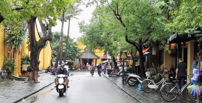 Rue de Hoi An sous la pluie, Centre du Vietnam