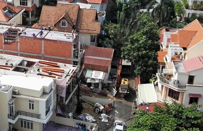 Travaux à Saigon Vietnam.jpg