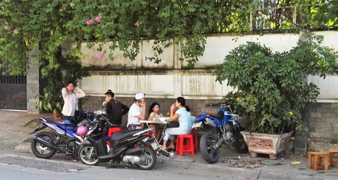 Thao Dien déjeuner dans la rue