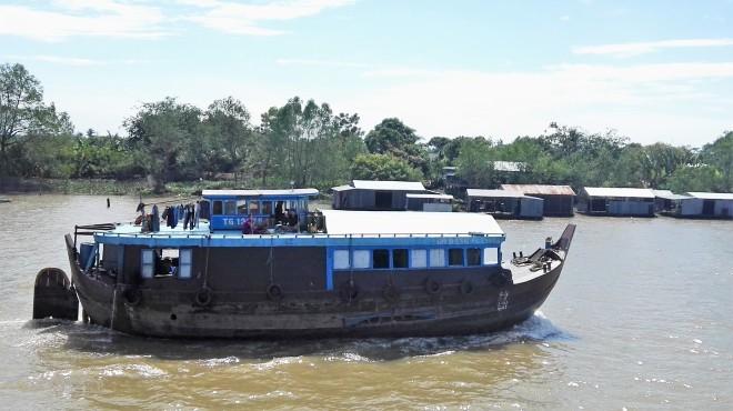 Bateau vivier Delta du Mekong Vietnam