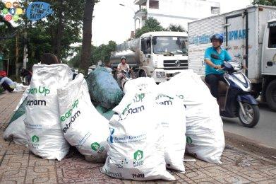 Clean up Vietnam